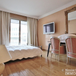 MarceauChaillot – Grand salon, vue et balcons 75008 Paris (14)