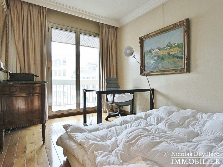 MarceauChaillot – Grand salon, vue et balcons - 75008 Paris (18)
