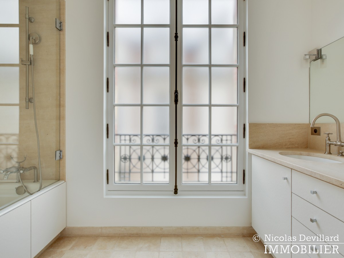 La Muettevillage de Passy – Penthouse dernier étage avec terrasses – 75116 Paris (52)