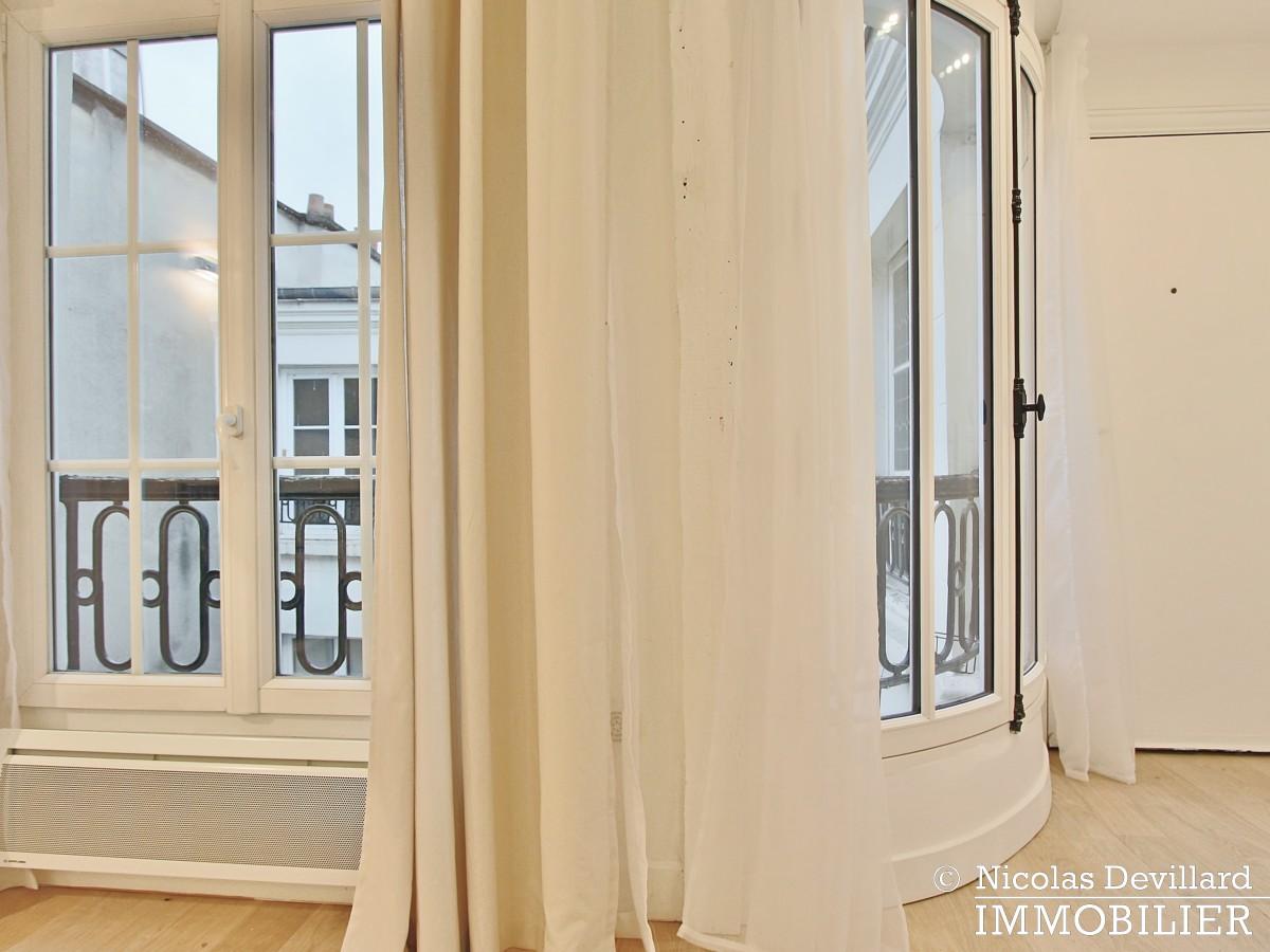 OdéonPont Neuf – Rénové, balcon, charme et vue dégagée 75006 Paris (24)
