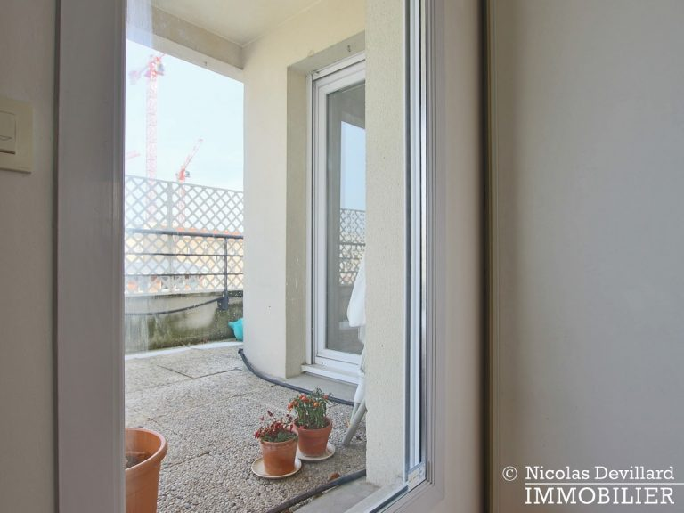 Mairie – Penthouse dernier étage terrasses plein soleil – 92130 Issy-lès-Moulineaux (35)