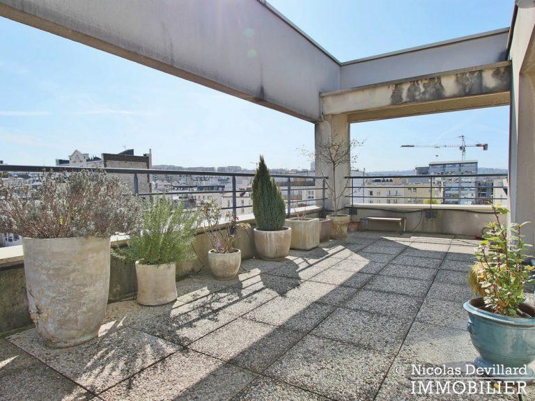Mairie – Penthouse dernier étage terrasses plein soleil – 92130 Issy-lès-Moulineaux (39)