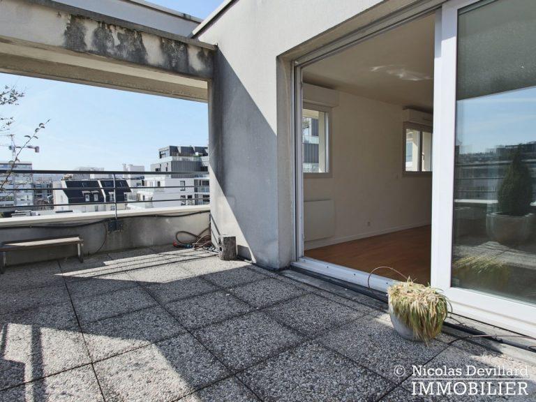 Mairie – Penthouse dernier étage terrasses plein soleil – 92130 Issy-lès-Moulineaux (42)
