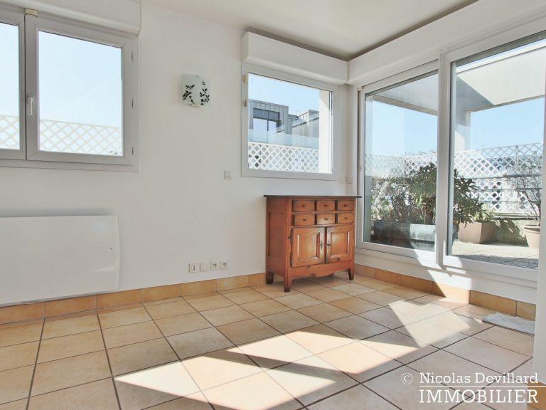Mairie – Penthouse dernier étage terrasses plein soleil – 92130 Issy-lès-Moulineaux (45)
