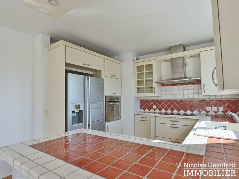 Mairie – Penthouse dernier étage terrasses plein soleil – 92130 Issy-lès-Moulineaux (48)