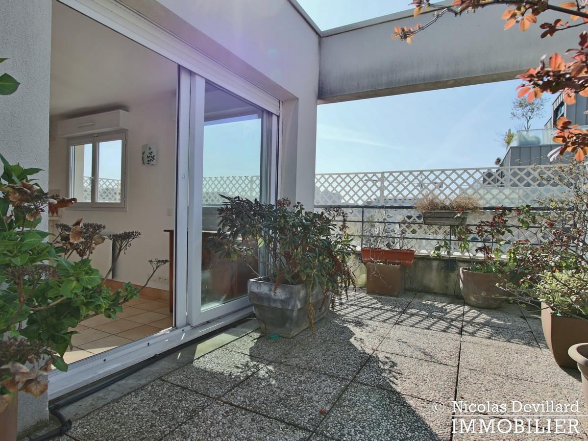 Mairie – Penthouse dernier étage terrasses plein soleil – 92130 Issy lès Moulineaux (52)
