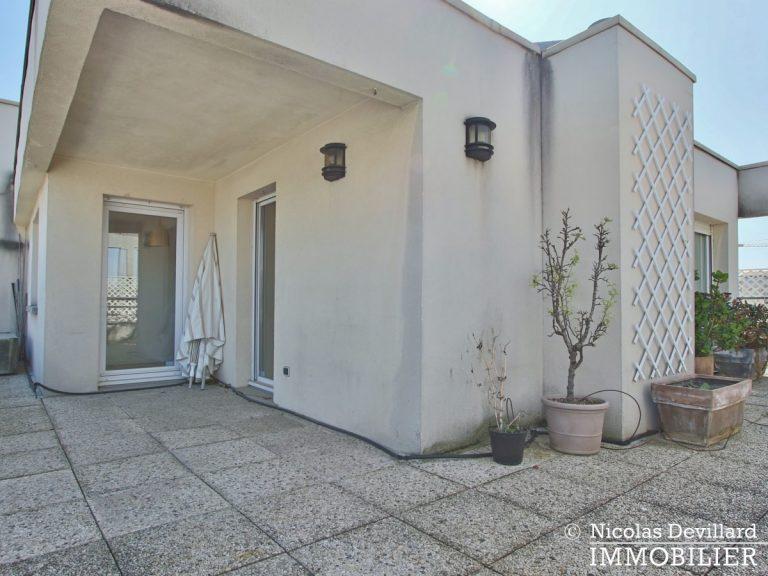 Mairie – Penthouse dernier étage terrasses plein soleil – 92130 Issy-lès-Moulineaux (55)