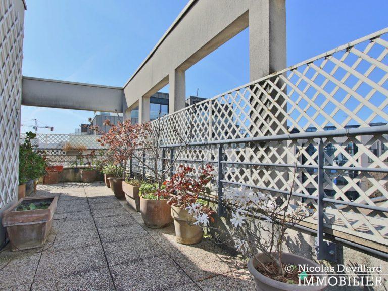 Mairie – Penthouse dernier étage terrasses plein soleil – 92130 Issy-lès-Moulineaux (56)