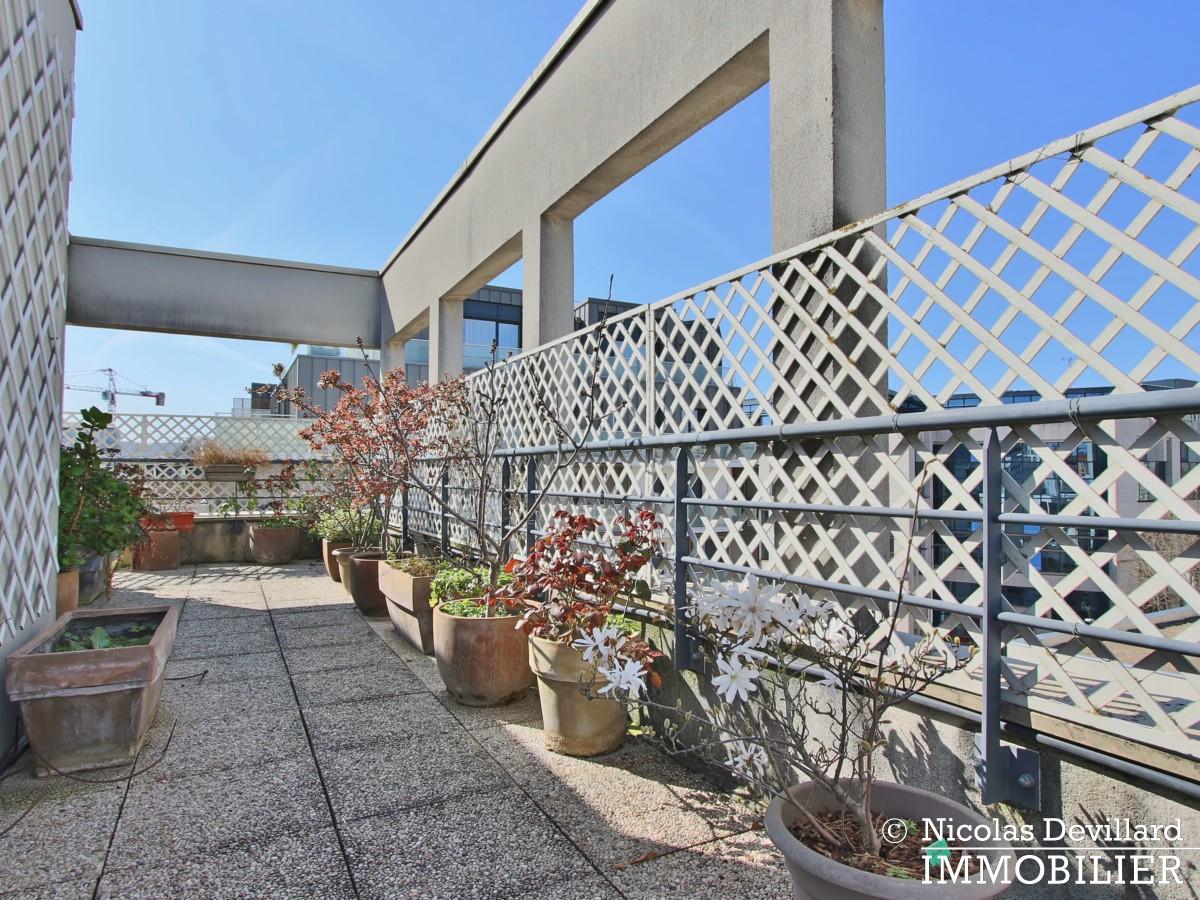 Mairie – Penthouse dernier étage terrasses plein soleil – 92130 Issy lès Moulineaux (56)