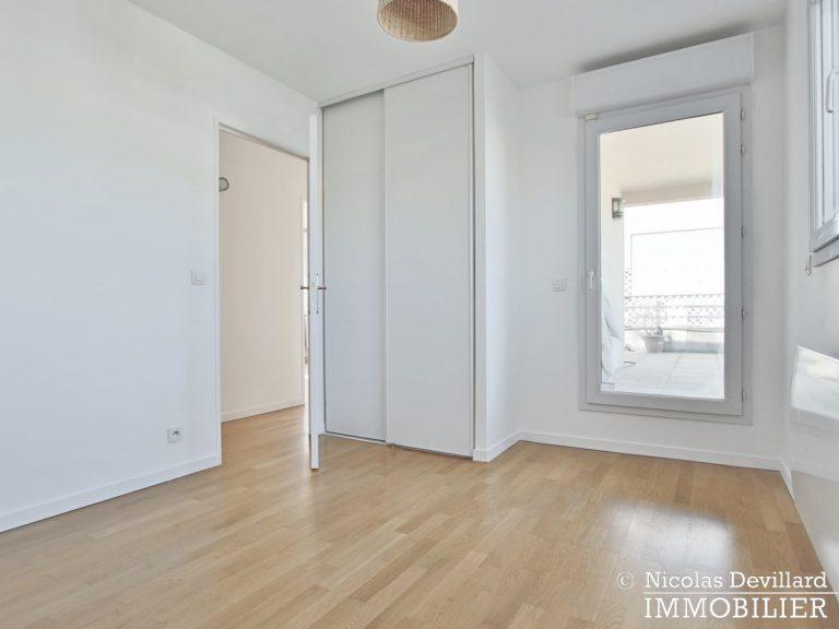 Mairie – Penthouse dernier étage terrasses plein soleil – 92130 Issy-lès-Moulineaux (57)