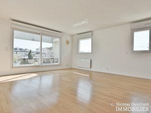 Mairie – Penthouse dernier étage terrasses plein soleil – 92130 Issy lès Moulineaux (66)