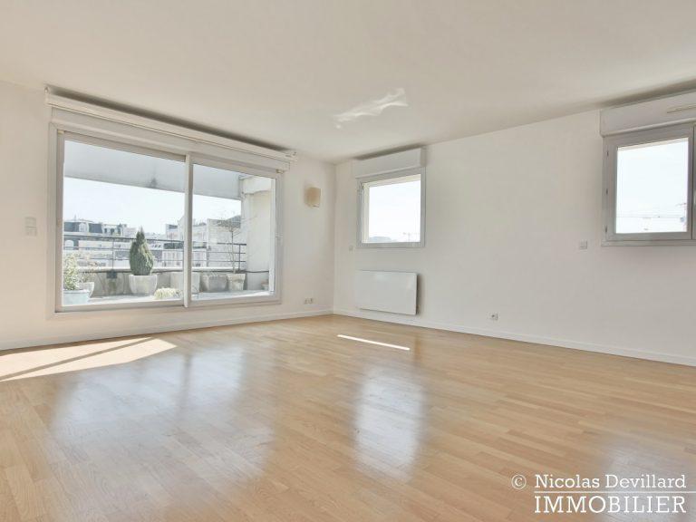 Mairie – Penthouse dernier étage terrasses plein soleil – 92130 Issy-lès-Moulineaux (66)