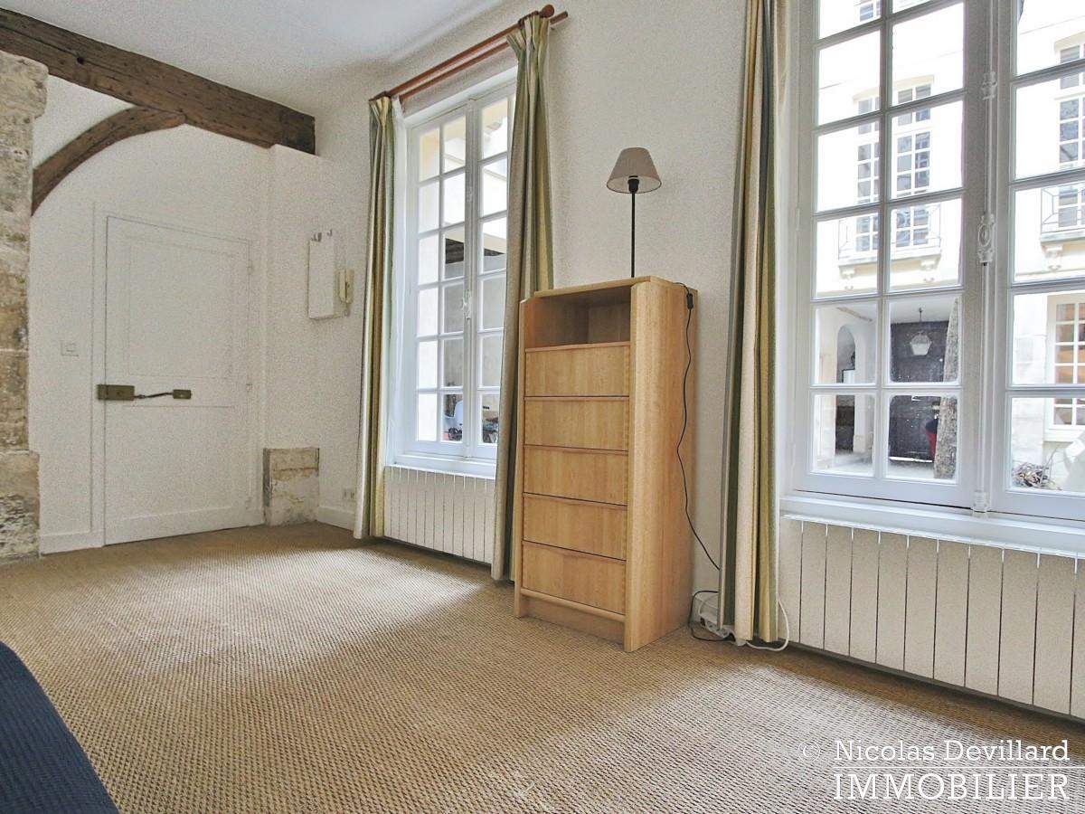 MaraisPlace des Vosges – Joli studio dans un hôtel particulier – 75004 Paris (1)