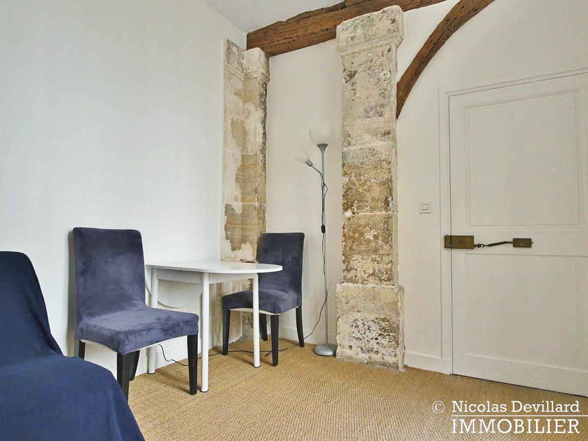 MaraisPlace des Vosges – Joli studio dans un hôtel particulier – 75004 Paris (9)
