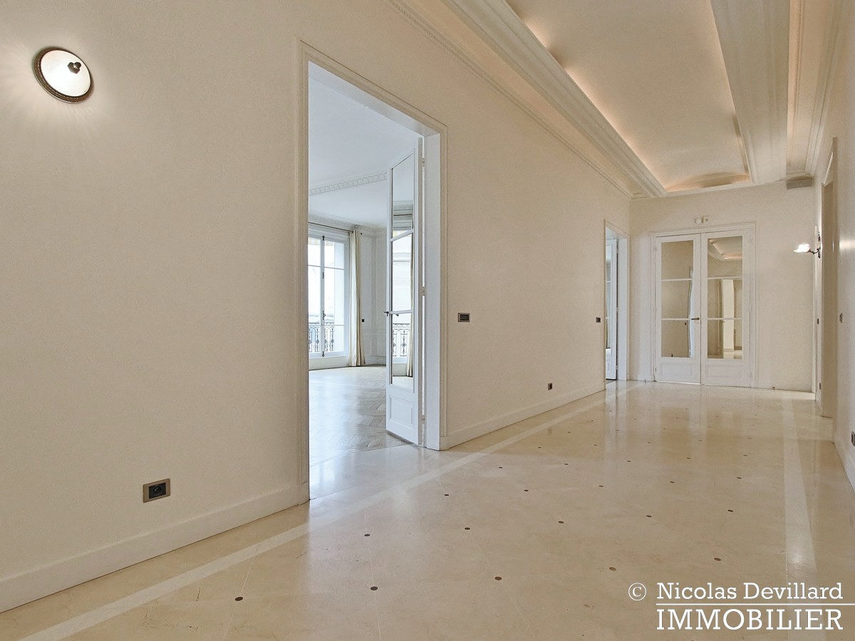 Jardin du RanelaghHenri Martin – Splendide appartement de réception – 75116 Paris(73)