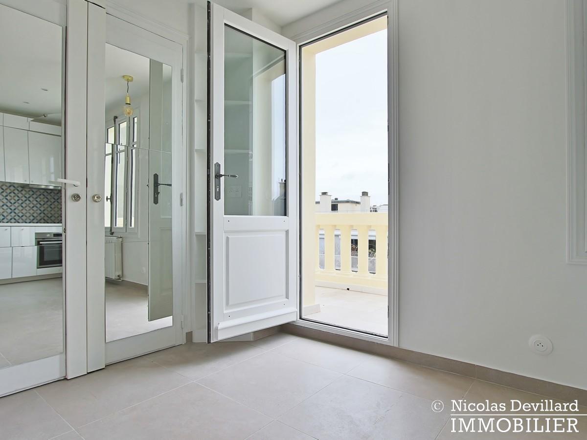 Pierre 1er de SerbieMarceau – Dernier étage rénové avec terrasse – 75116 Paris (6)