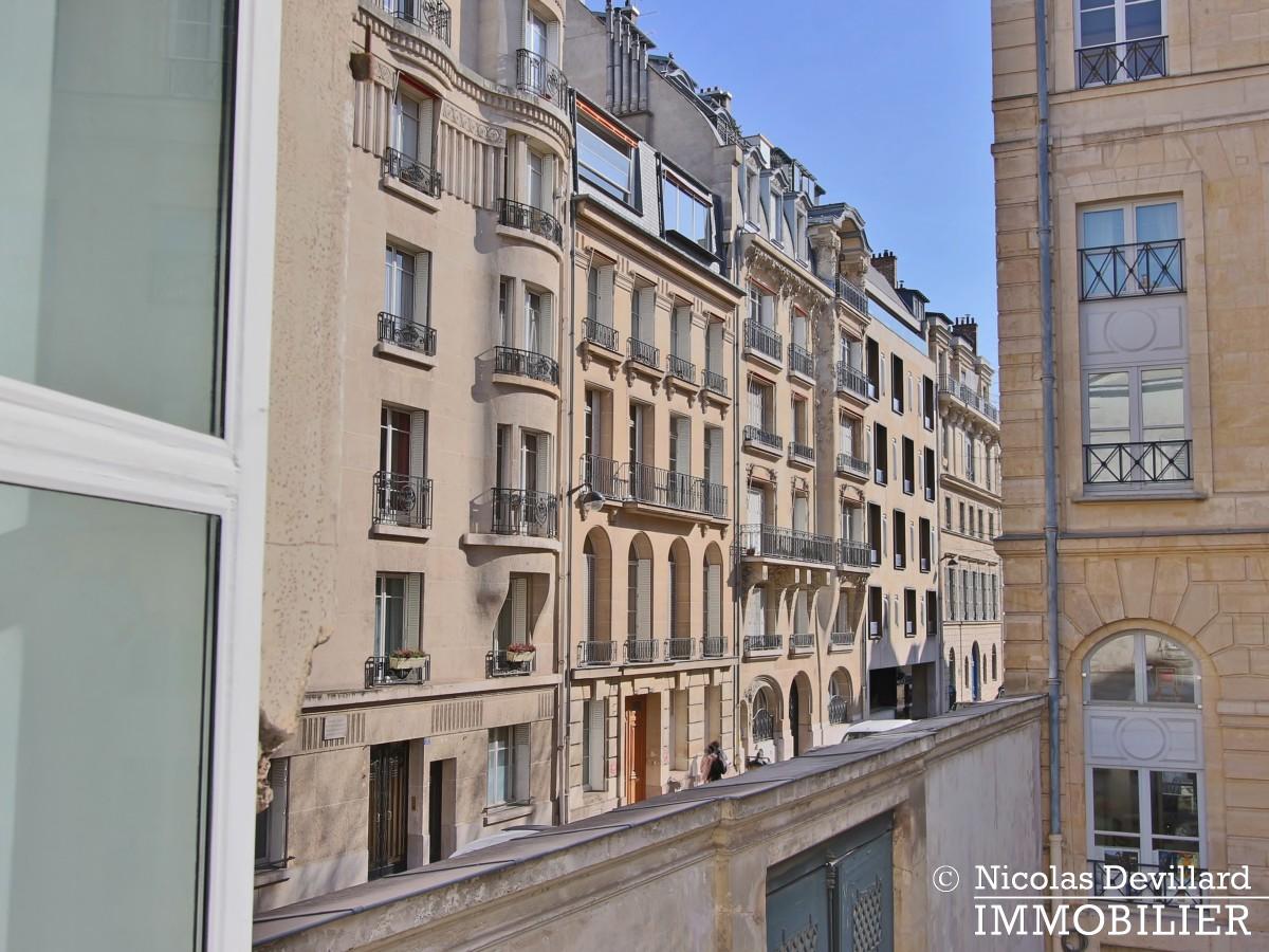 Varenne – Superbement rénové, très lumineux et charme pur – 75007 Paris (11)