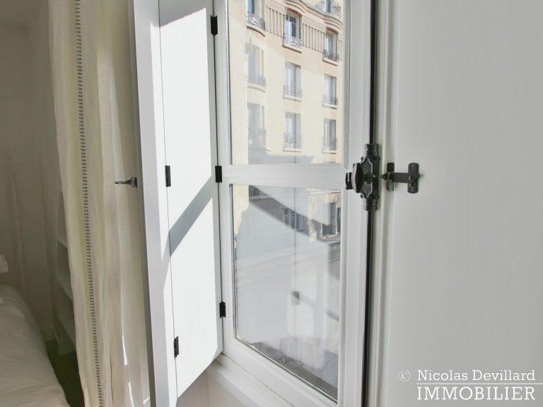 Varenne – Superbement rénové, très lumineux et charme pur – 75007 Paris (26)