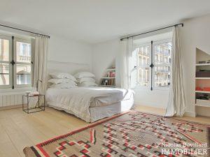 Varenne – Superbement rénové, très lumineux et charme pur – 75007 Paris (7)