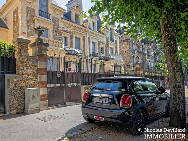 VersaillesMontreuil – Dernier étage et beaux volumes dans un hôtel particulier – 78000 Versailles (11)