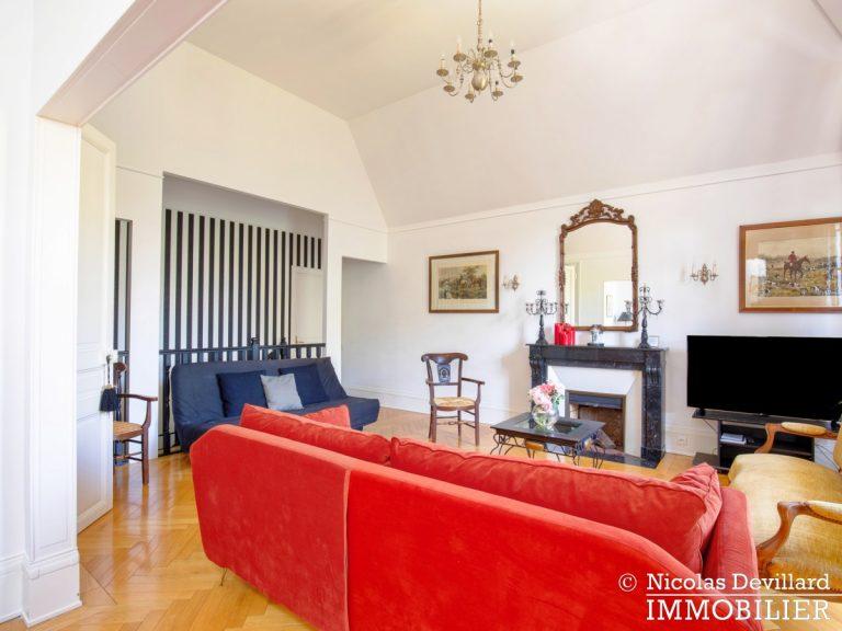 VersaillesMontreuil – Dernier étage et beaux volumes dans un hôtel particulier – 78000 Versailles (19)