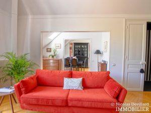 VersaillesMontreuil – Dernier étage et beaux volumes dans un hôtel particulier – 78000 Versailles (24)