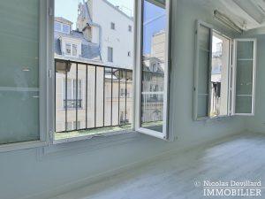 BoëtieMiromesnil – Poutres, lumière et balcon 75008 Paris (10)