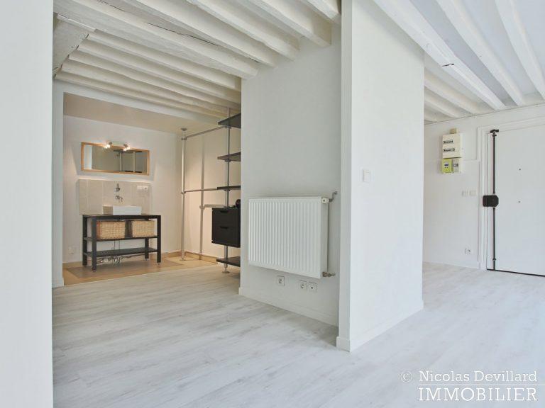 BoëtieMiromesnil – Poutres, lumière et balcon - 75008 Paris (14)