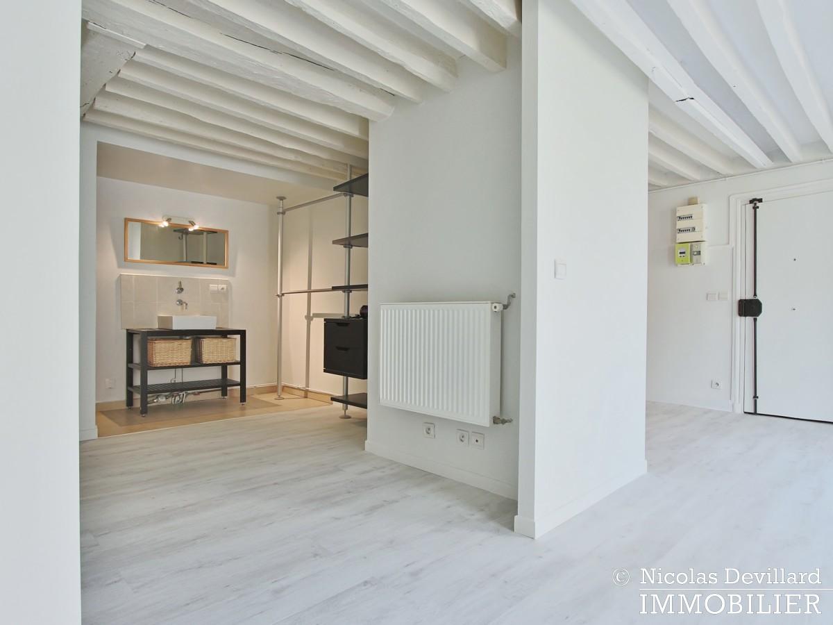 BoëtieMiromesnil – Poutres, lumière et balcon 75008 Paris (14)