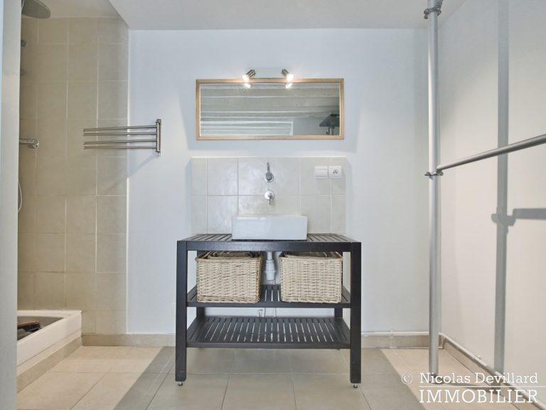 BoëtieMiromesnil – Poutres, lumière et balcon - 75008 Paris (15)