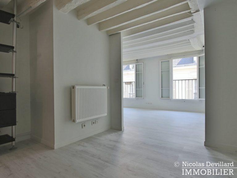 BoëtieMiromesnil – Poutres, lumière et balcon - 75008 Paris (17)