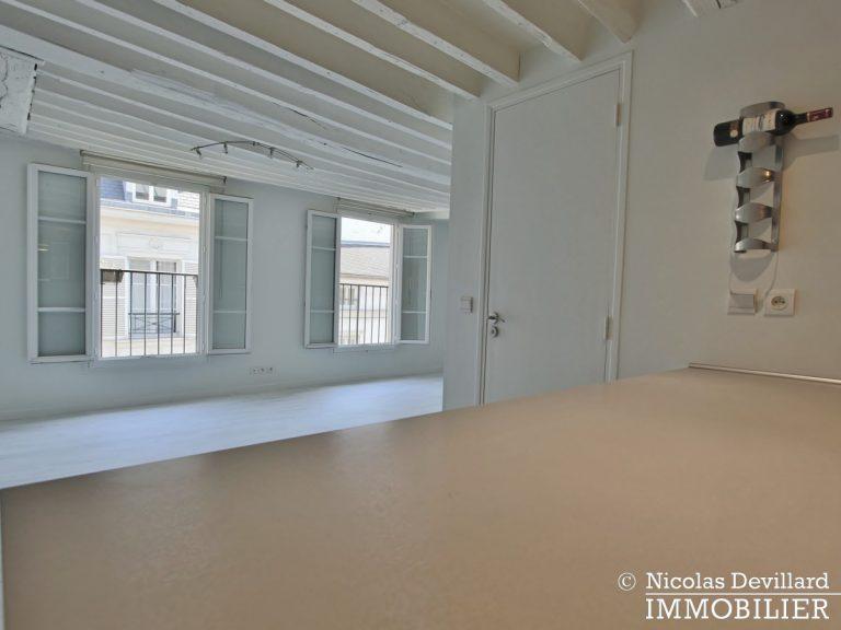 BoëtieMiromesnil – Poutres, lumière et balcon - 75008 Paris (3)