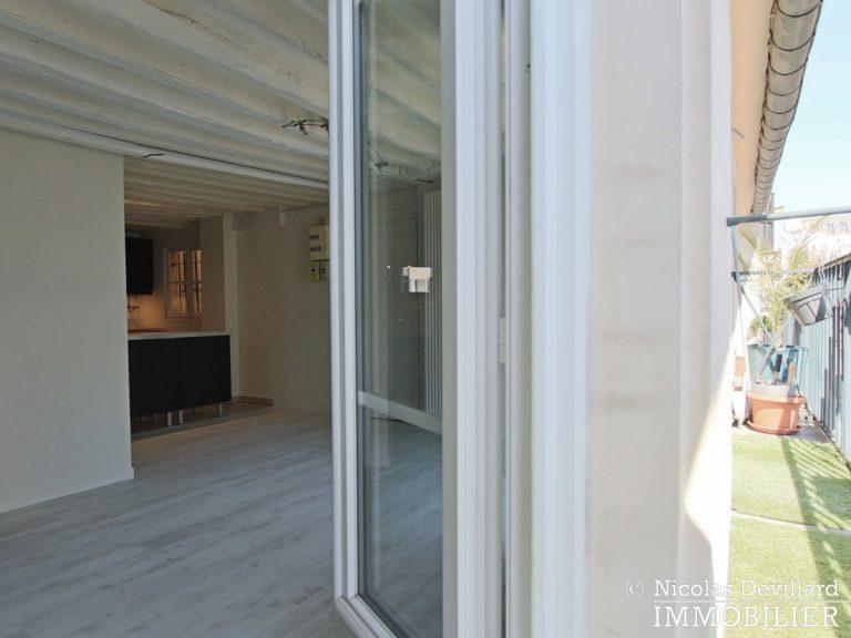 BoëtieMiromesnil – Poutres, lumière et balcon - 75008 Paris (7)
