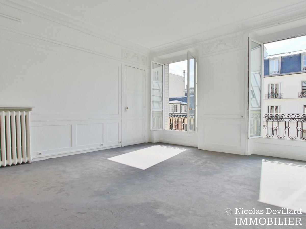 Franklin Roosevelt – Plein soleil, calme et spacieux 75008 Paris (10)