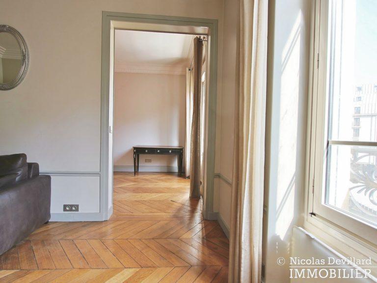 Les HallesPont-Neuf – Classique parisien et vue dégagée – 75001 Paris (11)