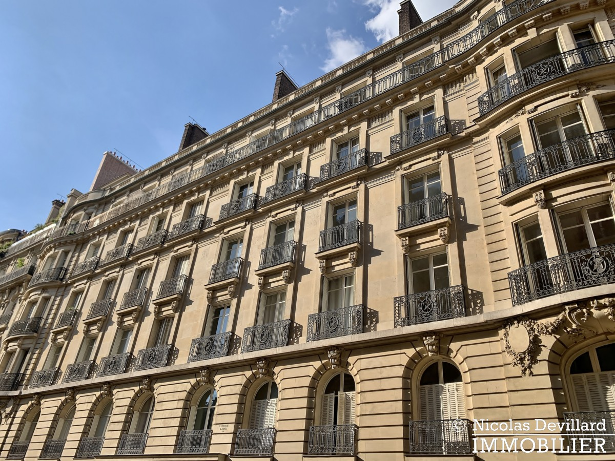 Victor HugoLongchamp – Grand classique haussmannien familial et réception – 75116 Paris (1)