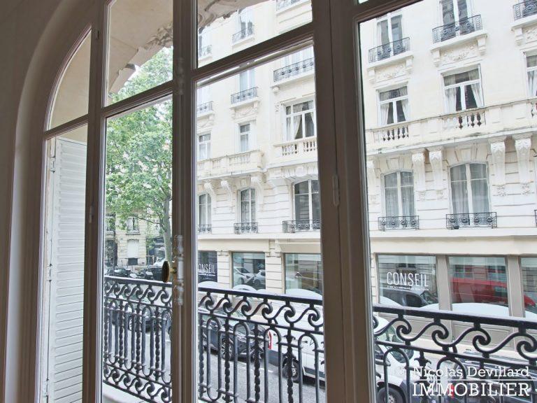 Victor HugoLongchamp – Grand classique haussmannien familial et réception – 75116 Paris (11)
