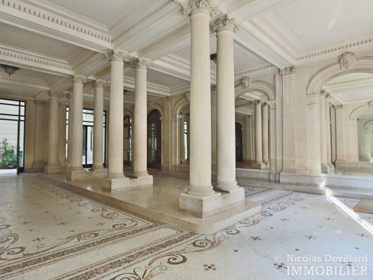 Victor HugoLongchamp – Grand classique haussmannien familial et réception – 75116 Paris (2)