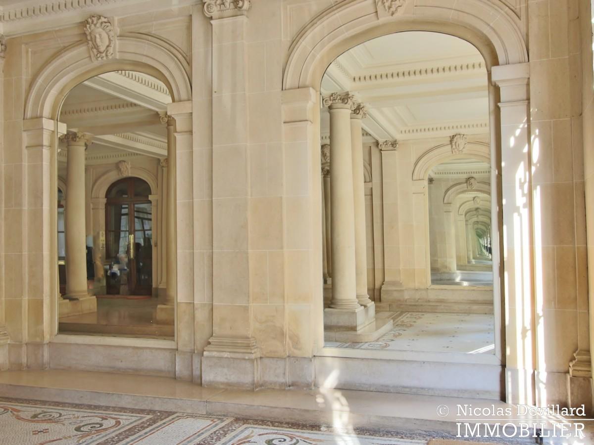 Victor HugoLongchamp – Grand classique haussmannien familial et réception – 75116 Paris (3)