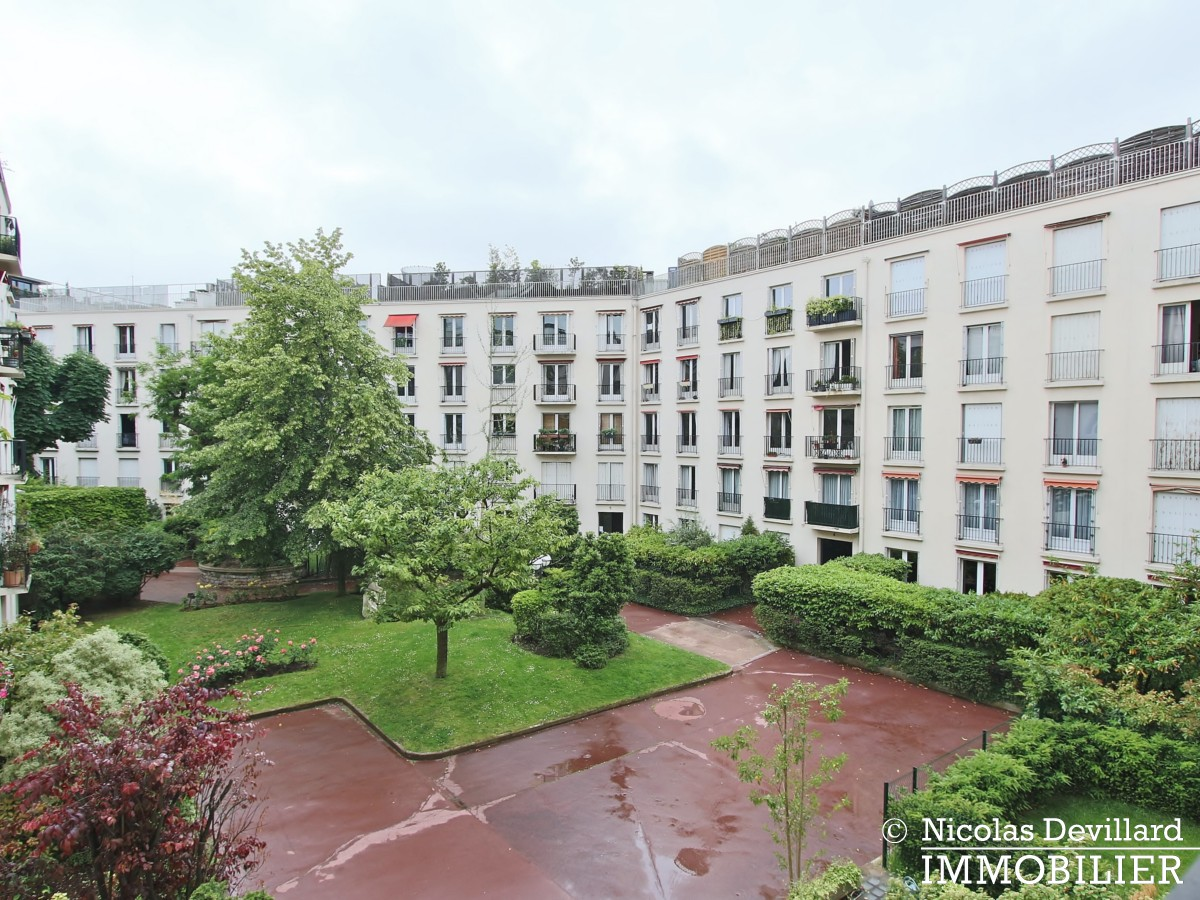 Victor HugoPorte des Ternes – Elégant, calme et noyé dans la verdure – 92200 Neuilly sur Seine (29)