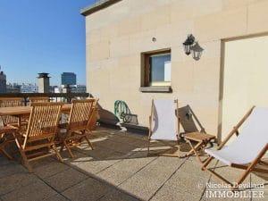 Convention – Dernier étage, terrasse, plein soleil et rénové – 75015 Paris (23)