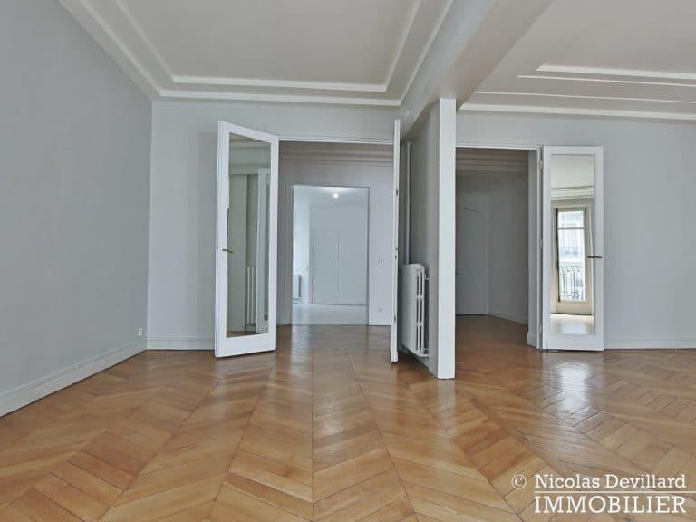 Victor HugoLongchamp – Grand classique haussmannien plein soleil – 75116 Paris (10)