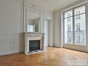 Victor HugoLongchamp – Grand classique haussmannien plein soleil – 75116 Paris (17)