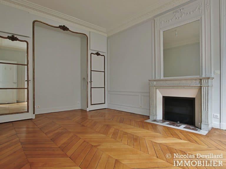 Victor HugoLongchamp – Grand classique haussmannien plein soleil – 75116 Paris (18)
