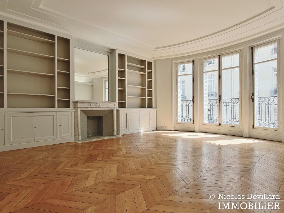 Victor HugoLongchamp – Grand classique haussmannien plein soleil – 75116 Paris (3)