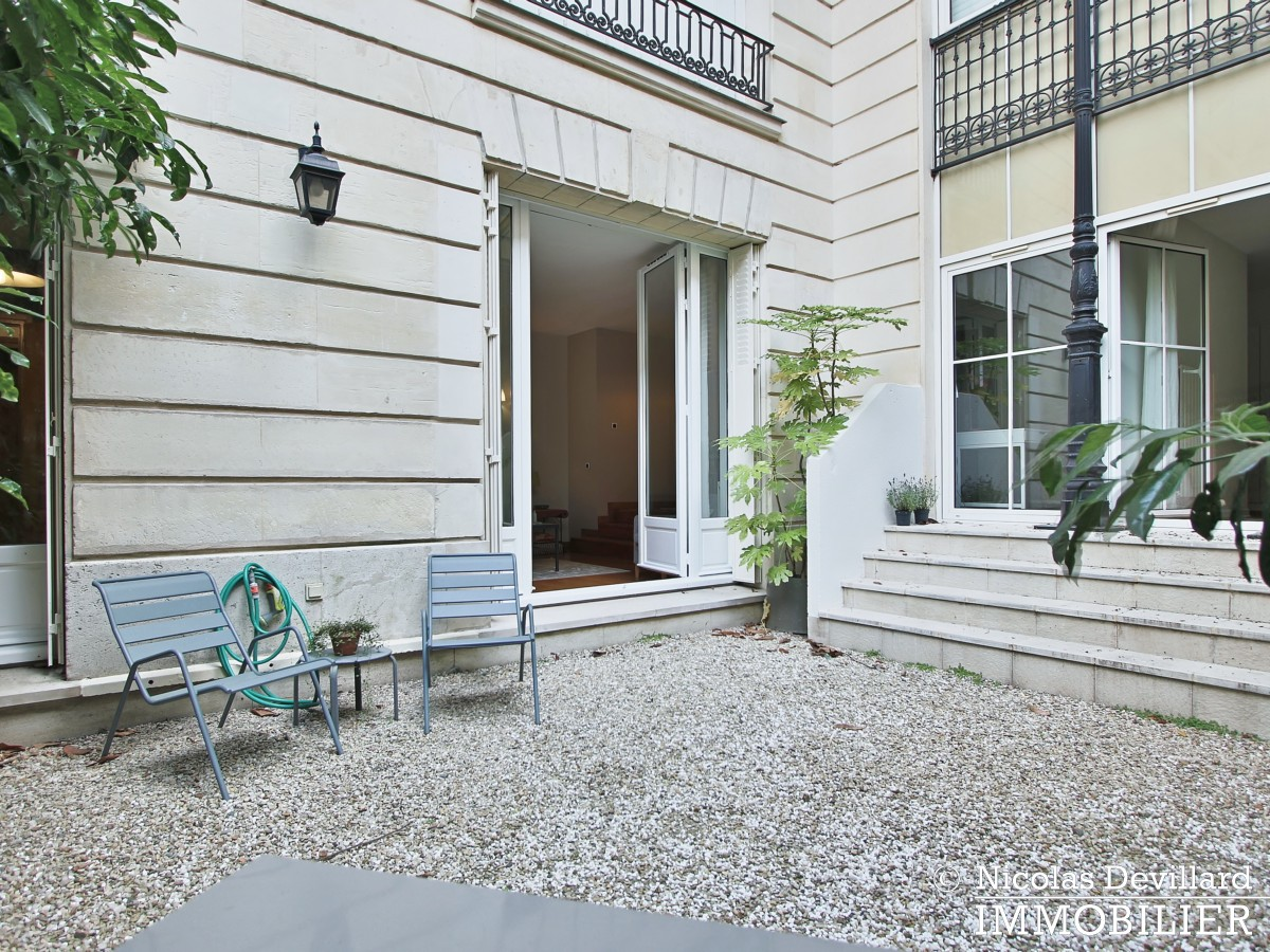 Avenue MatignonElysée – Jardin privatif, grand calme et standing – 75008 Paris (20)