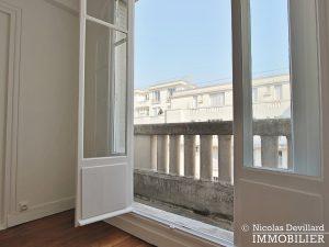 Glacière Etage élevé avec balcon au calme d'une voie privée 75013 Paris (12)