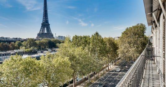 Alma Marceau – Duplex dernier étage, vue panoramique et prestations luxueuses – 75116 Paris (44)