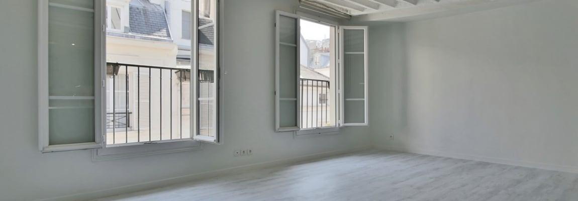 BoëtieMiromesnil – Poutres, lumière et balcon 75008 Paris (9)
