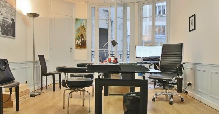 FochGrande-Armée-–-Grand-appartement-avec-8-bureaux-et-terrasse-très-bien-situés-–-75116-Paris-10